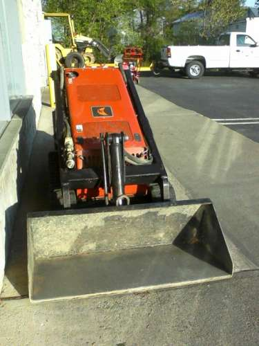 Compact Utility Loader 'Dingo' with or without Auger